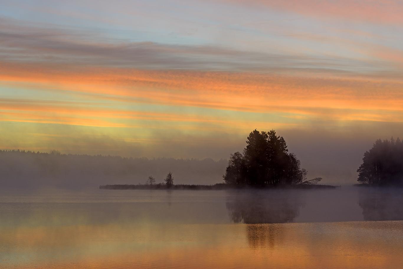 BJG6266-18 Höstmorgon vid Ålsjön